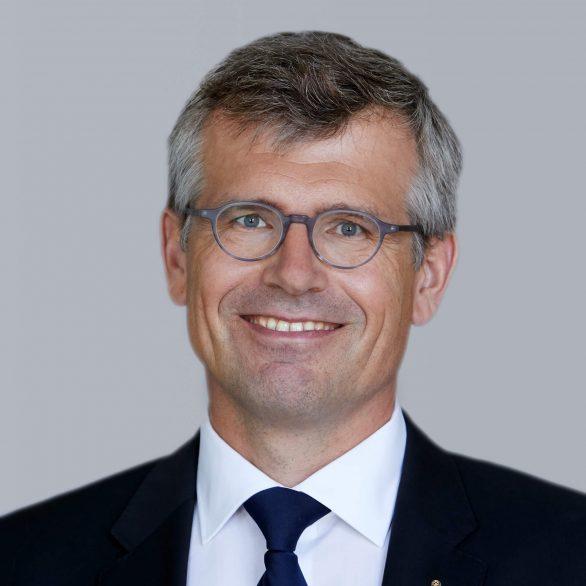 Dr. Tobias Kämpf